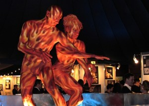 Bodypainting Feuer Slow-Motion-Show