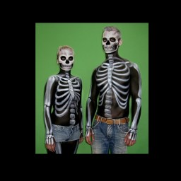 Halloween Bodypainting Skelette