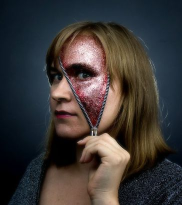 Halloween Zipper Facepainting