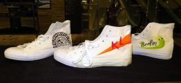 Sneakers Personalisierung Airbrush Tattoo Painting auf Schuhe