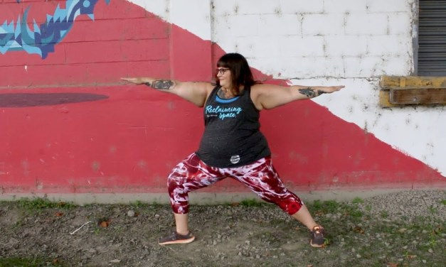 Who else wants high-quality, plus-size yoga pants (with pockets!)?