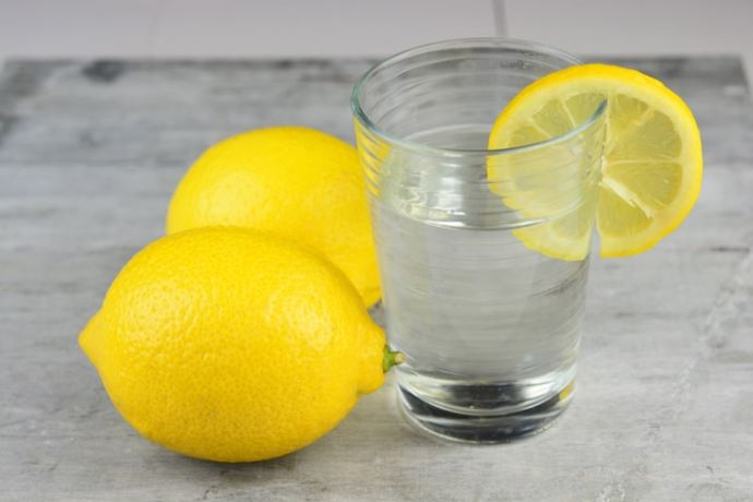 what-to-drink-to-lose-weight- lemon