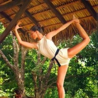 Daily Yoga Inspiration Celebrity Yogis