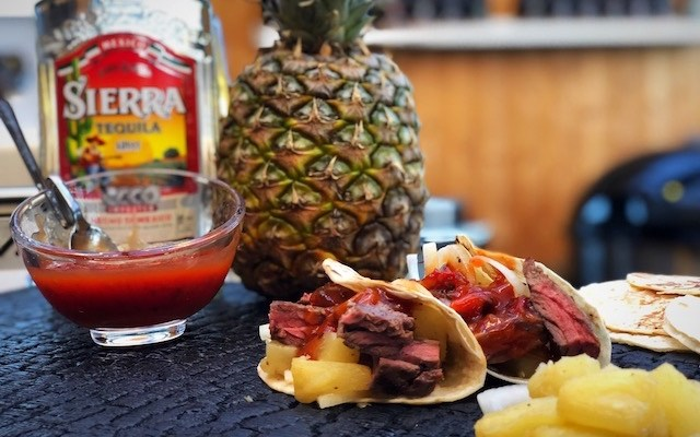 Tequila Ananas Tacos – med Inside Skirt som highlight