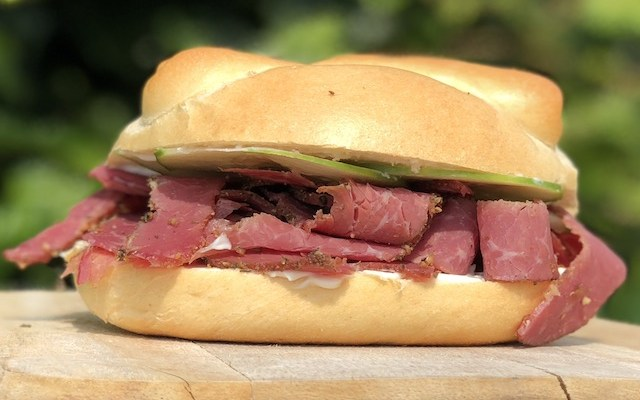 Pastrami Sandwich – den klassisk Pastrami Sandwich