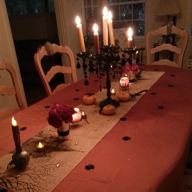 A banquet table for Dia de Los Muertos