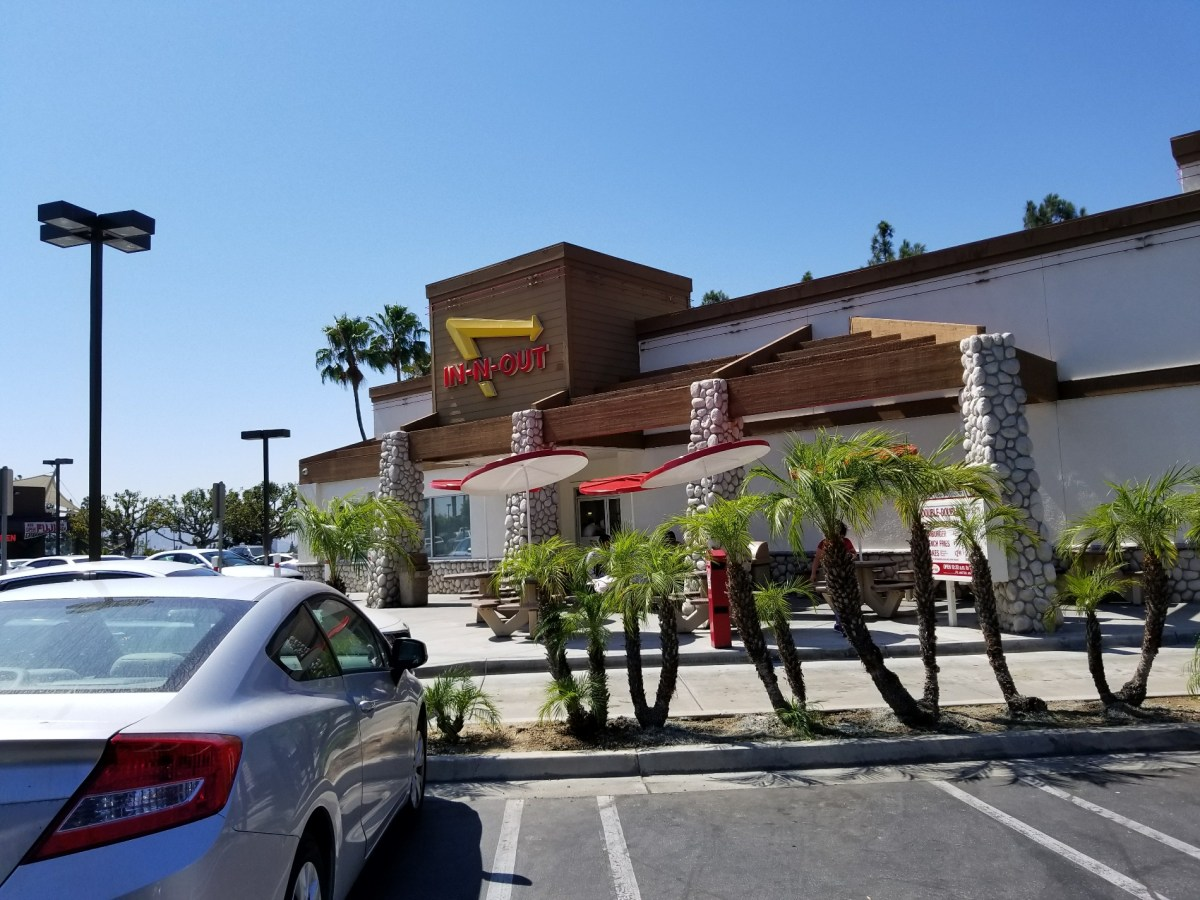 Checkin In-N-Out Burger