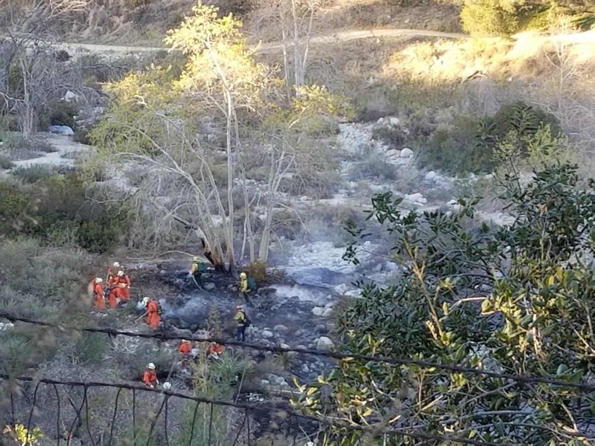 Henninger Trailhead / Eaton Canyon Wild Fire Coverage in Altadena, CA