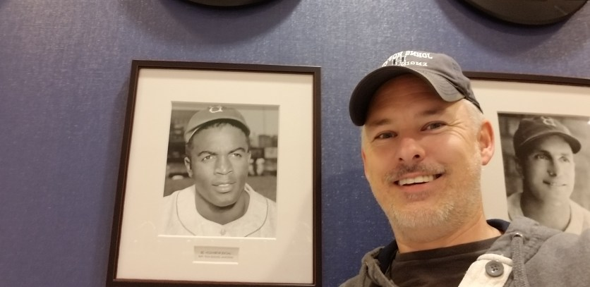 Selfie with a photo of Jackie Robinson