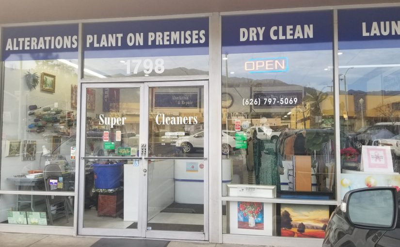 Storefront of Super Dry Cleaners
