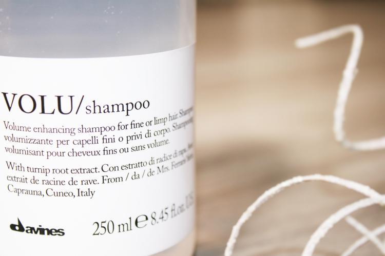 REVIEW  Davines VOLU Shampoo
