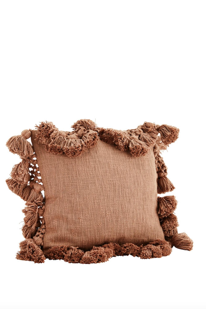 cushion cover with pompoms and tassels 45x45
