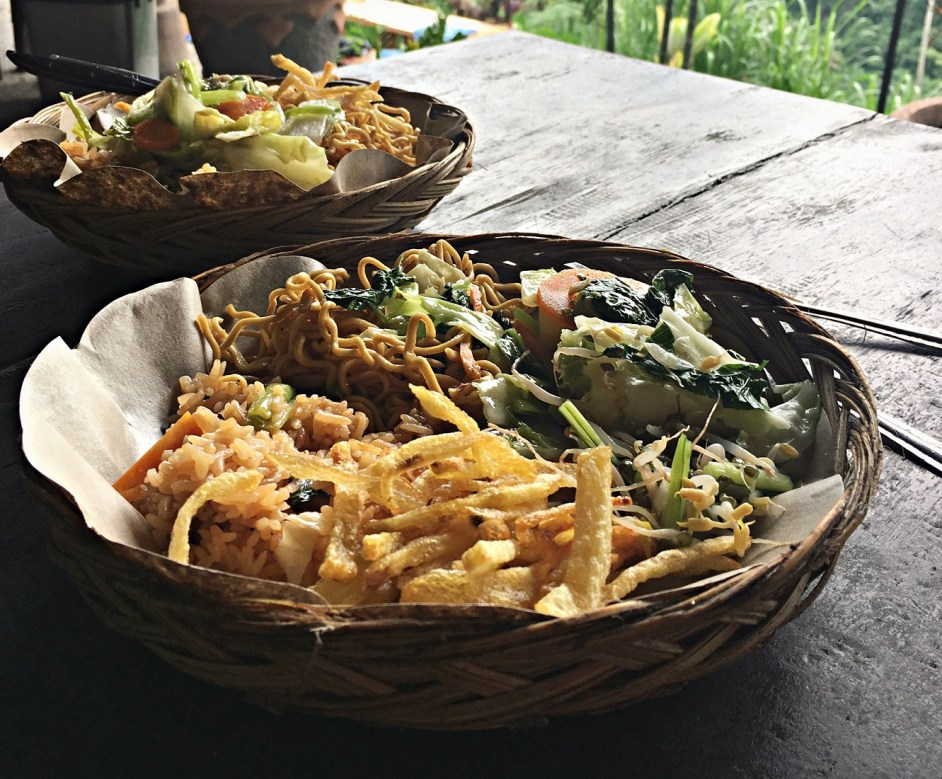lunch after white water rafting ubud bali