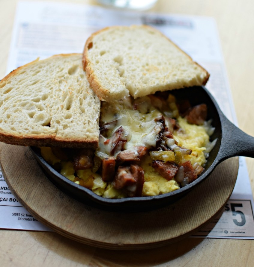 egg skillet breakfast halcyon greenville ave dallas