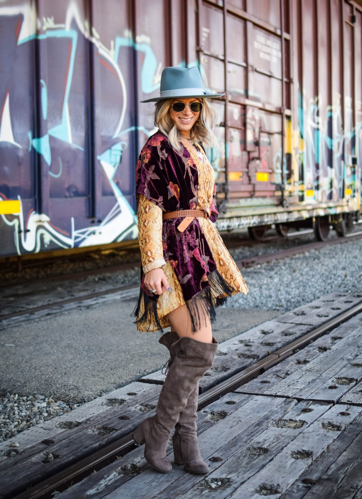 7 tips on how to style effortlessly bohemian fall looks