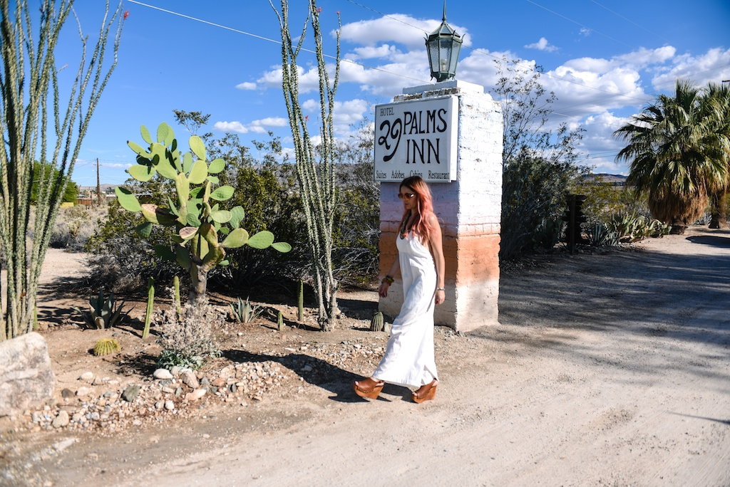 tejido-white-jumpsuit-cullottes-jeffrey-campbell-platform-sandals-29-palms-inn-joshua-tree-overtone-hair-color-bohemian-fashion-blogger-boho-bunnie 5