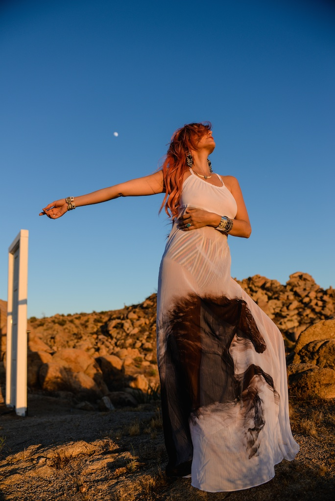 this-is-mouth-chevaux-dress-horse-halter-joshua-tree-fashion-blogger-rancho-v-overtone-boho-travel-desert-photo-shoot-global-made-in-la 52