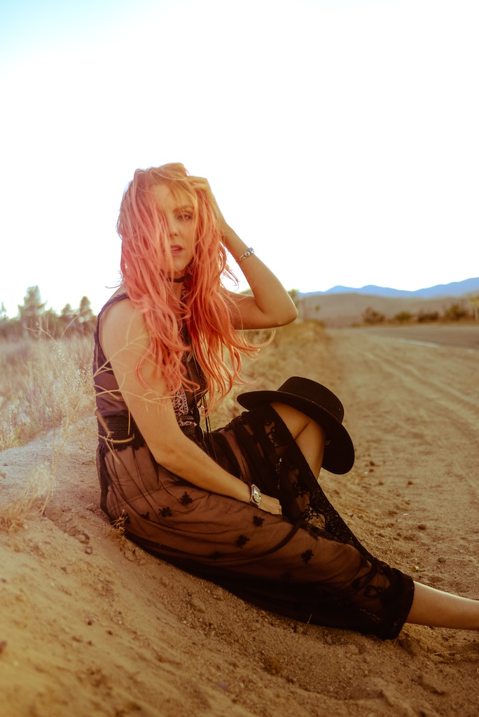 gypsy-junkies-joshua-tree-desert-pioneertown-pappy-and-harriets-western-fashion-travel-blogger-boho-bunnie-bohemian-2