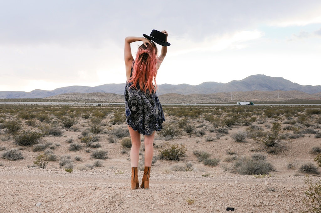 shop-bop-free-people-fpme-bandana-print-patchwork-beaux-slip-dress-boho-bohemian-fashion-blogger-overtone-bunnie-desert-photo-shoot-las-vegas 4