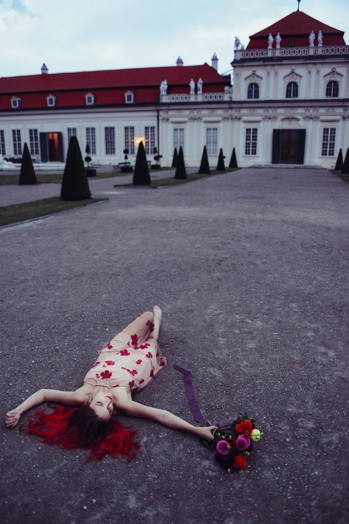 shop-tobi-boho-bunnie-sheer-embroidered-maxi-dress-belvedere-castle-vienna-austria-bohemian-couture-fashion-blogger-overtone-hair-color-extreme-red-24
