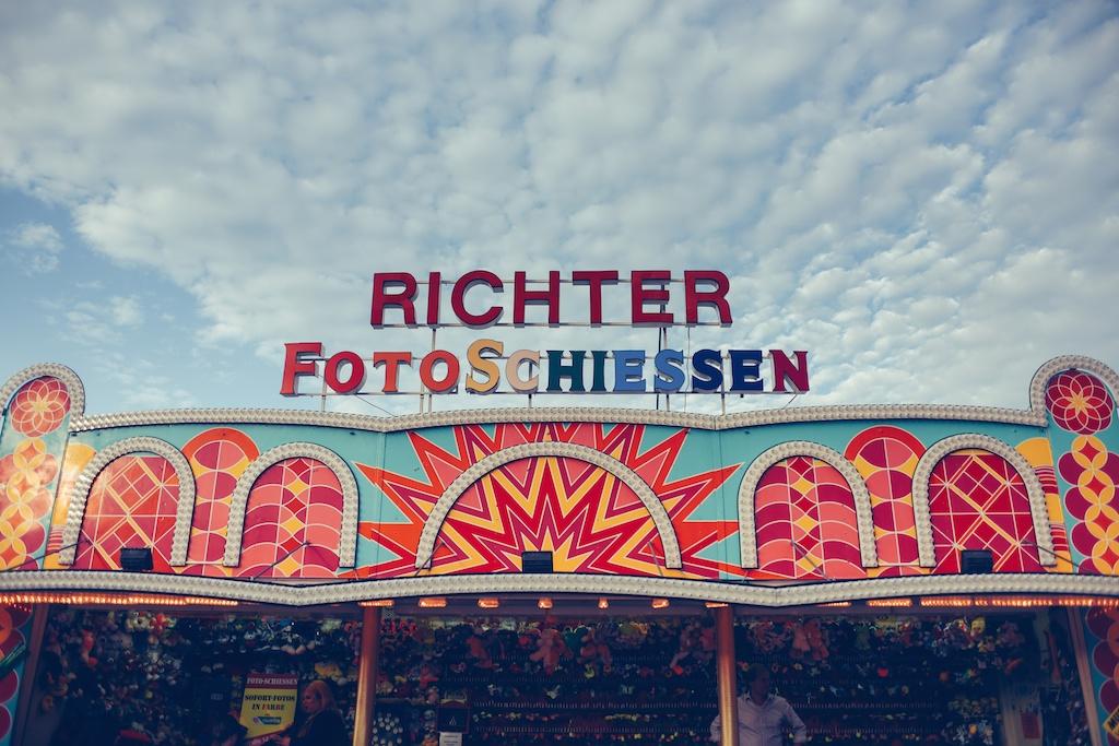 canstatter-volksfest-beerfest-oktoberfest-stuttgart-germany-white-crow-brand-fashion-blogger-overtone-travel-leiderhosen-ldir-lartigiano-riccione-boho-bunnie-37