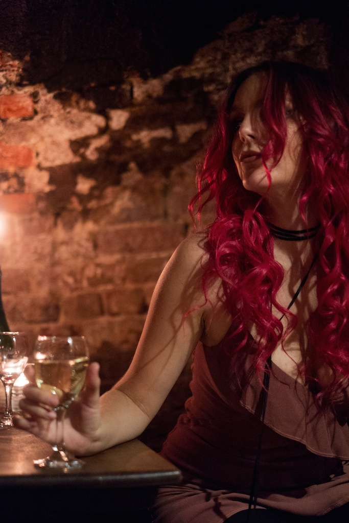 feather-and-bone-uk-london-big-ben-fashion-blogger-travel-boho-overtone-hair-gordons-wine-bar-7