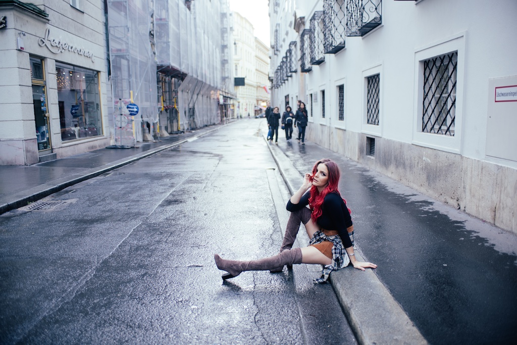 white-crow-brand-thigh-high-jeffrey-campbell-vegan-suede-free-people-lace-up-shirt-austria-vienna-fashion-blogger-boho-bunnie-46