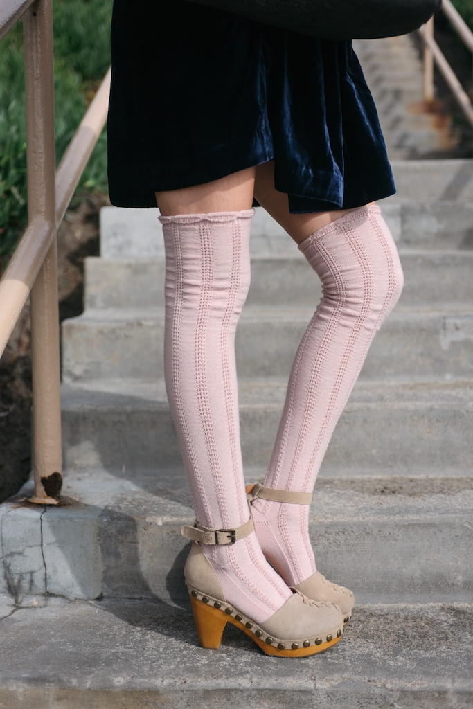 free-people-fpme-choose-me-velvet-mini-pointelle-thigh-high-socks-jeffrey-campbell-clogs-overtone-ettika-fashion-blogger-beach-california-26