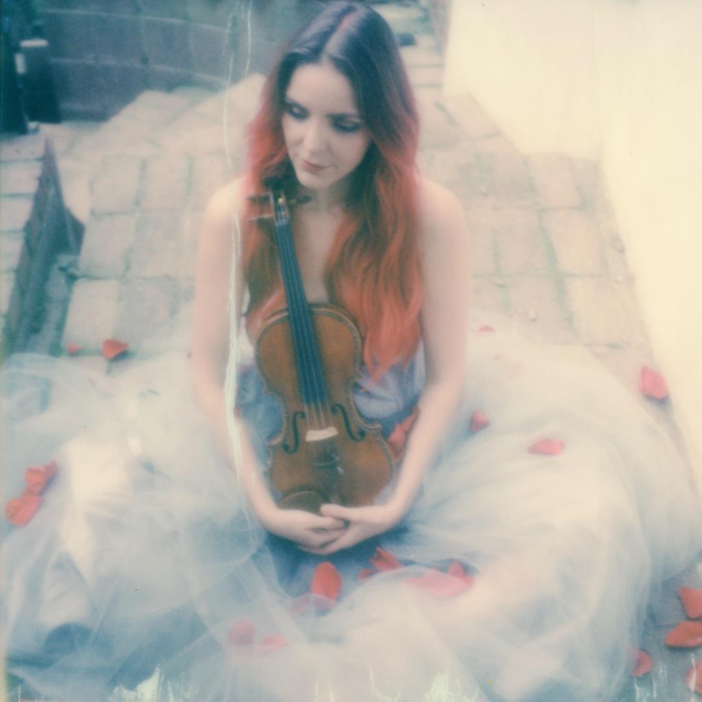 polaroid-impossible-project-violin-laurel-canyon-fashion-blogger-instant-film-vintage-violin-bohemian-valentines-day-photo-shoot-6