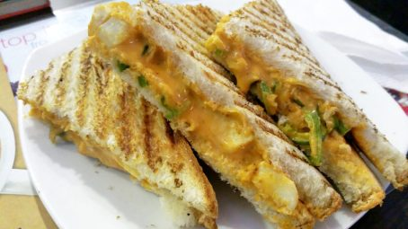 Tandoori Paneer Sandwich, chocolate room, jaipur, world trade park, india