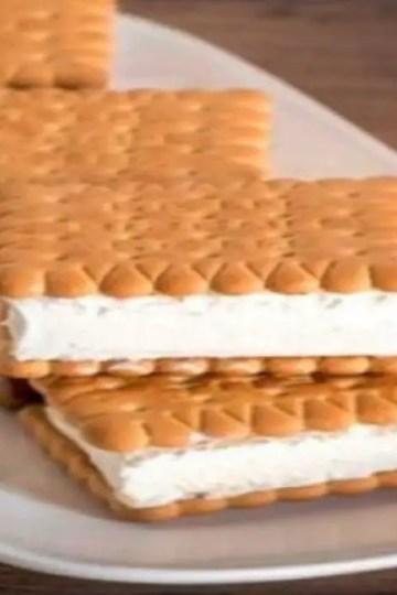 ice cream biscuit