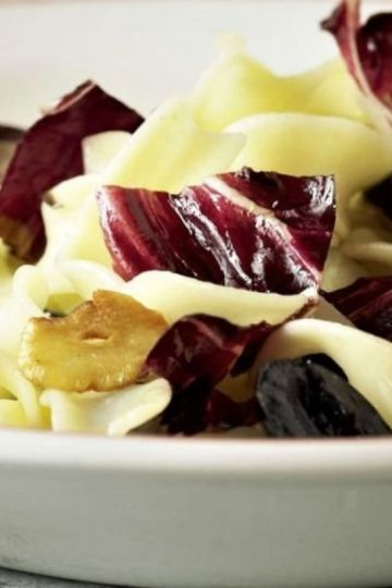pasta with red chicory