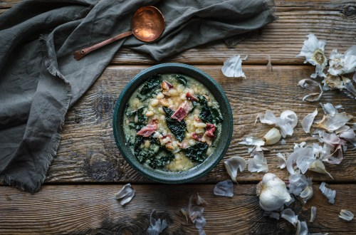 Garlic White Bean Soup with Kale and Bacon from Boiled Wheat Blog by Kristen McSorley, Montana Food Photographer