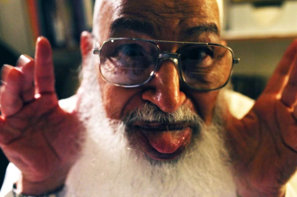 tongue-abuomar.jpg
