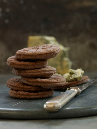 Choc water biscuits for cheese