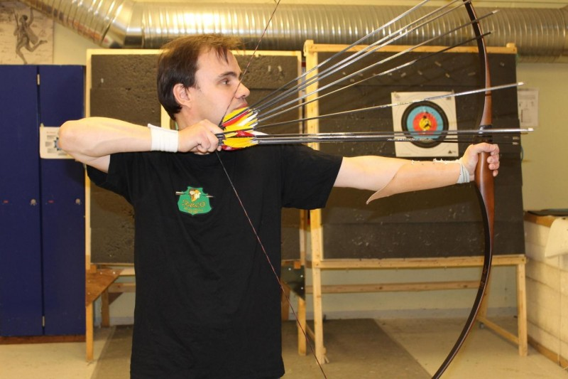 Ancient speed-shooting archery technique revived by amazing