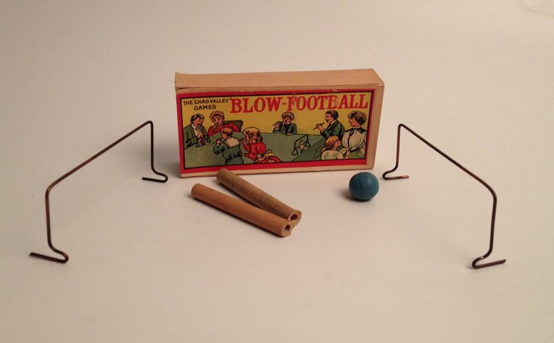 blow-football-2