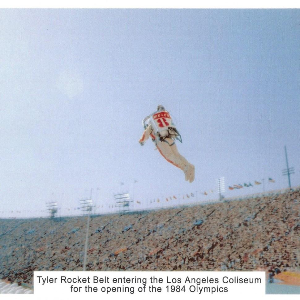 14-Bill-Suitor-flys-the-Tyler-Rocketbelt-at-LA-Olympics-1984-c-1000x1000