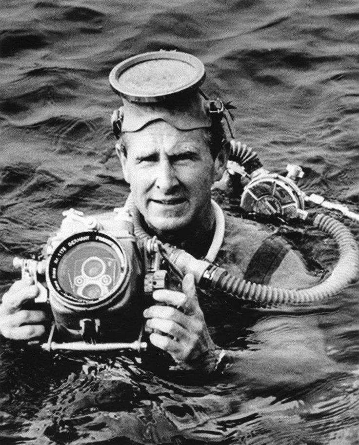 """Mike Nelson (played by Lloyd Bridges) from the tv show """"Sea Hunt"""""""