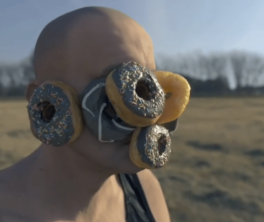 Modern day surrealism: Watch donuts defy the laws of physics in this freaky  3D animation | Boing Boing