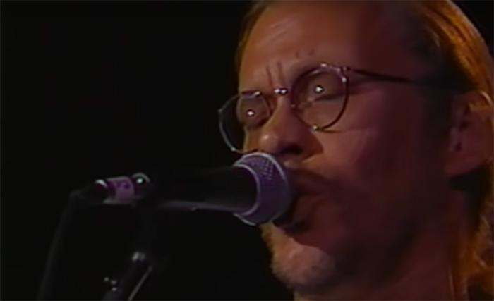Shut in Sounds: Warren ZevonSplendid Isolation