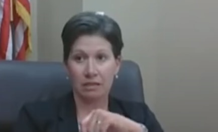 Aggrieved city councilwoman compares herself to Rosa Parks because she won't wear a mask   Boing Boing