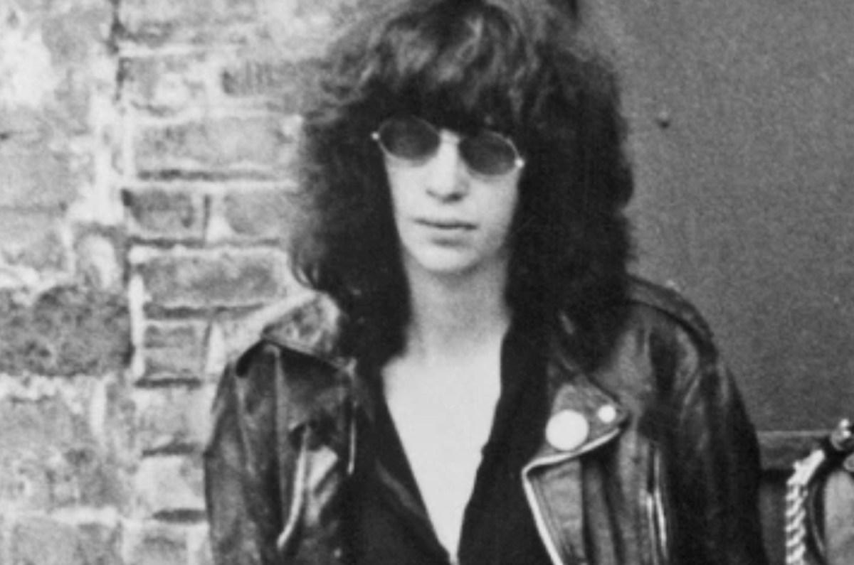 Joey Ramone biopic to star Saturday Night Live's Pete Davidson | Boing Boing
