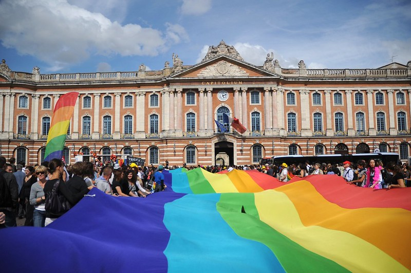 France rules that gay & bisexual men can donate blood   Boing Boing