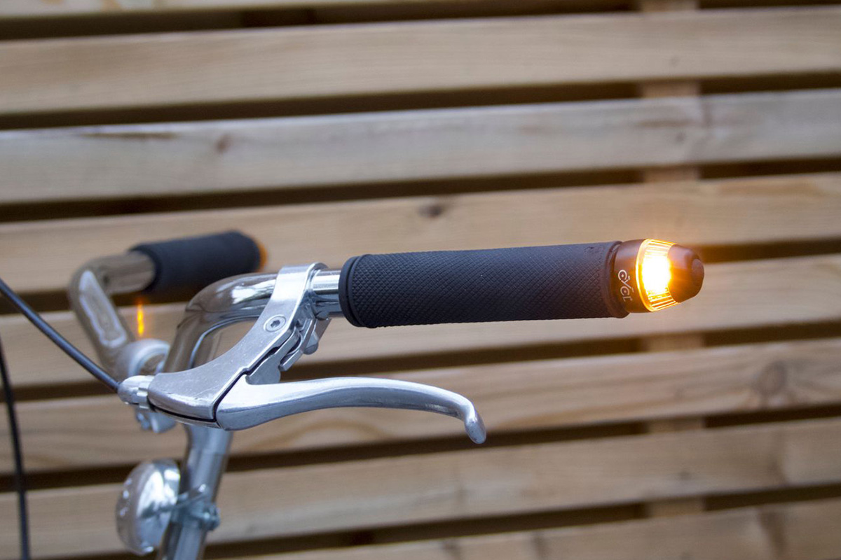 Save over 30% on these sidelights that act as turn signals for your bike   Boing Boing