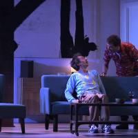 Un diner d'adieu au Théâtre Edouard VII – Larguer ses amis n'a jamais été aussi drôle