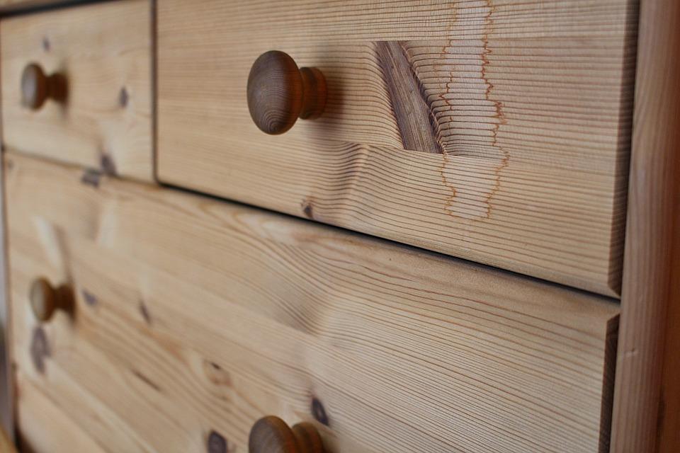 astuce tiroir en bois qui bloque
