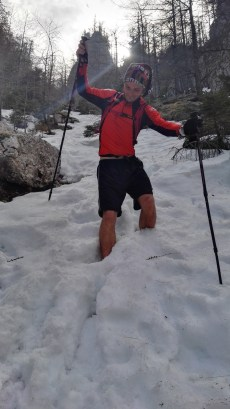 Sestop po snežiščih v Završnico