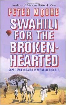 Bokomslaget til Swahili for the broken-hearted, lillahimmel over strågul savanne