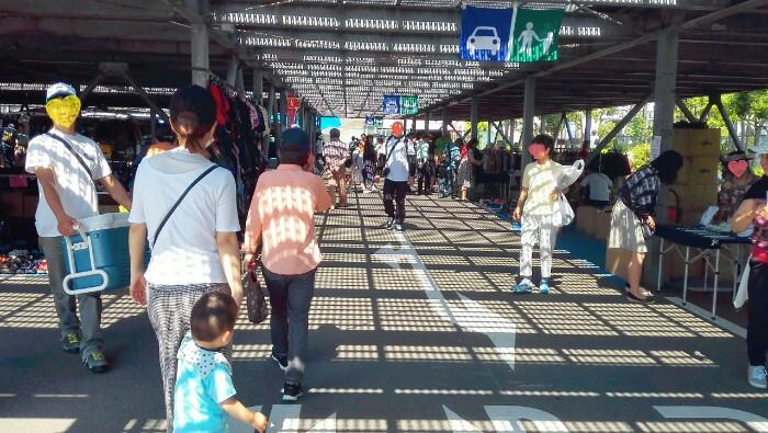 tokyo-city-flea-market-2-10